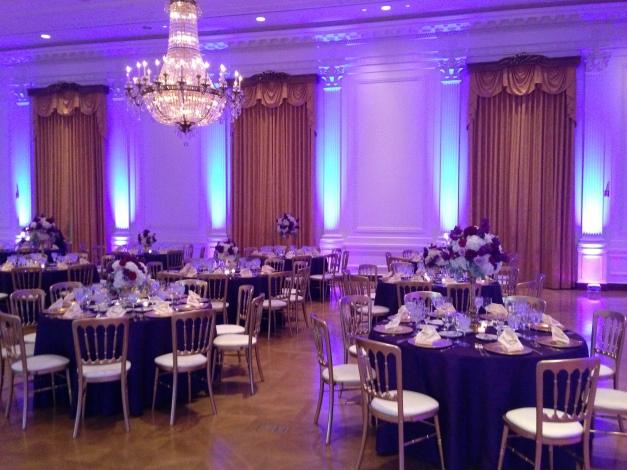 nixon-wedding-up-lights-bride