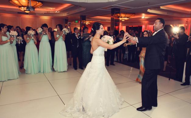Amber Mint Wedding First Dance