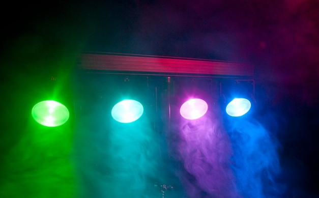 4 Color Wash Programmable Dance Lights on a T Stand